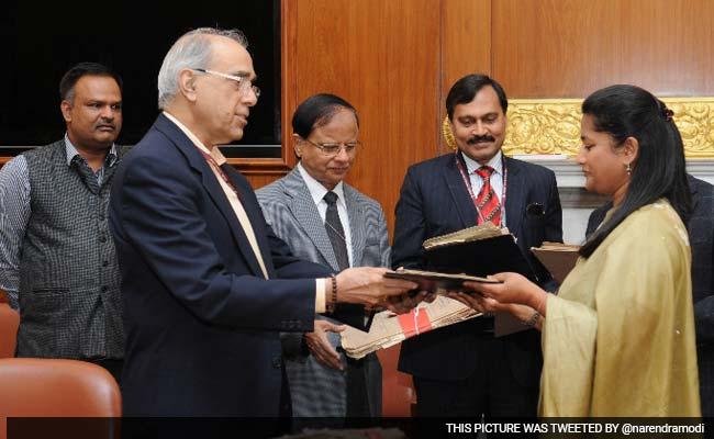 नृपेंद्र मिश्रा को बनाया जा सकता है जम्मू-कश्मीर का उप राज्यपाल