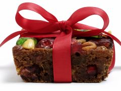 A Fruitcake Recipe that Finishes with a Big Bang