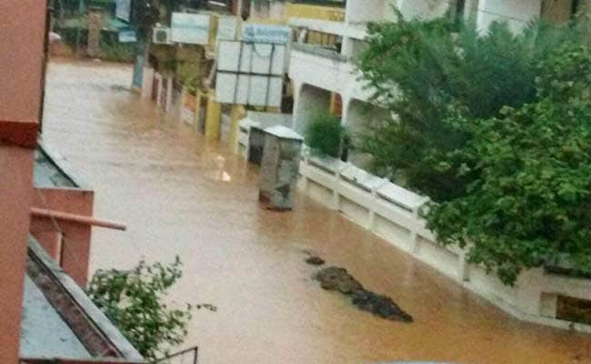 Rain Batters Puducherry; Localities Flooded, Normal Life Hit