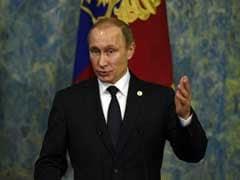 Vladimir Putin Makes Surprise Visit to Crimea After Power Shortages