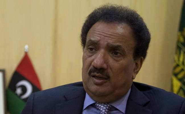 Pak Ex Minister Rehman Malik Falls For April Fool's Day Prank