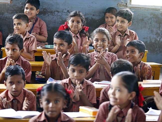पढ़ाई में अंग्रेज बच्चों से बहुत आगे रहते हैं भारतीय मूल के बच्चे : रिसर्च