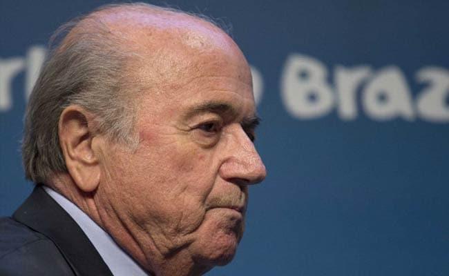 अमेरिकी महिला फुटबॉलर ने FIFA के पूर्व अध्यक्ष सैप ब्लैटर पर लगाया यौन उत्पीड़न का आरोप
