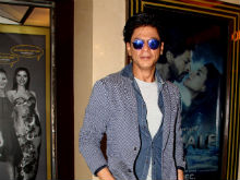 Shah Rukh Khan to be Brand Ambassador of Reliance Jio: Report