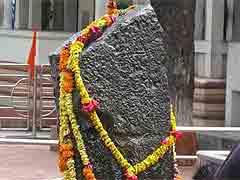 लैंगिक भेदभाव के विरोध में 26 जनवरी को 400 महिलाएं करेंगी शनि शिंगनापुर मंदिर में प्रवेश