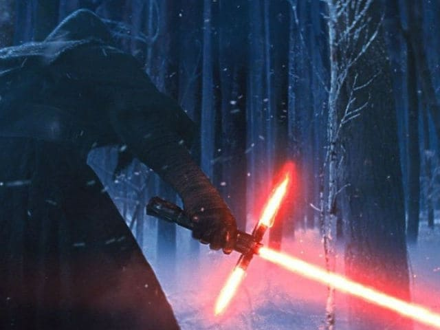 Scenes From Star Wars: The Force Awakens Were Deleted. Here's Why