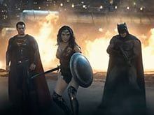 <i>Batman v Superman</i> Trailer 2 is Out. Who is Wonder Woman With?
