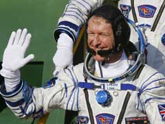 'Hello, Is This Planet Earth?' Astronaut Dials Wrong Number On Christmas Call From Space