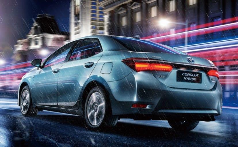 Toyota To Showcase Corolla Altis Hybrid At 2016 Auto Expo