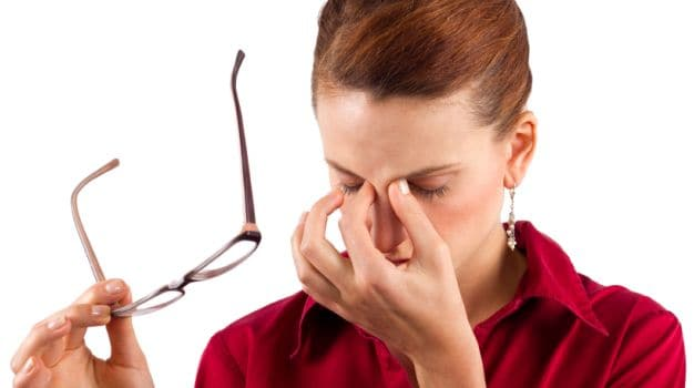 More Than 73 Percent of Young Adults Suffer From Digital Eye Strain