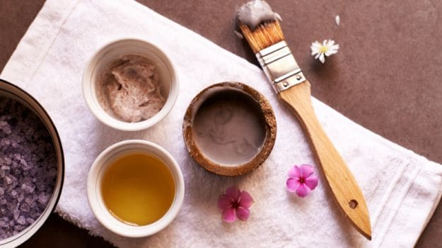 10 Benefits Of Multani Mitti For Face And Hair A Well Rounded Beauty