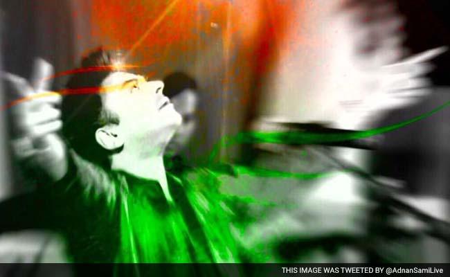 अदनान सामी बने भारतीय नागरिक, तिरंगे के साथ किया ट्वीट, कहा - जय हिंद