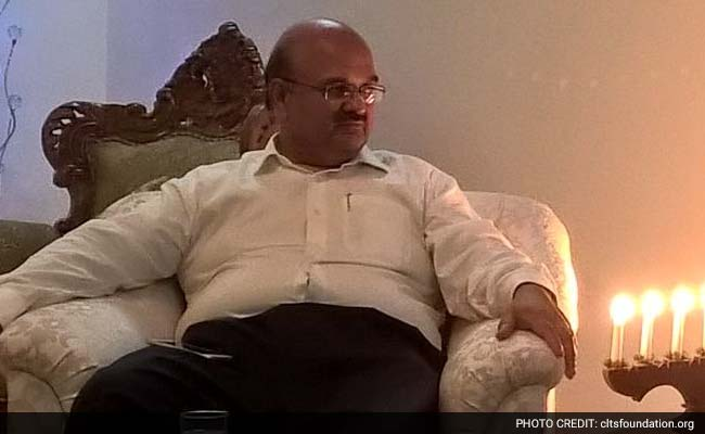 UP Chief Secretary Alok Ranjan To Spend Night Among Villagers, Get Feedback