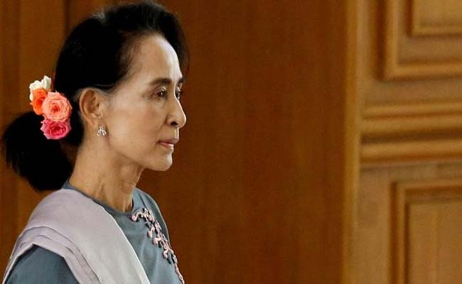 Myanmar's Aung San Suu Kyi, Ethnic Armed Groups Gather For Peace Talks