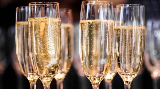 Champagne 101: The Ultimate Guide to Bubbly
