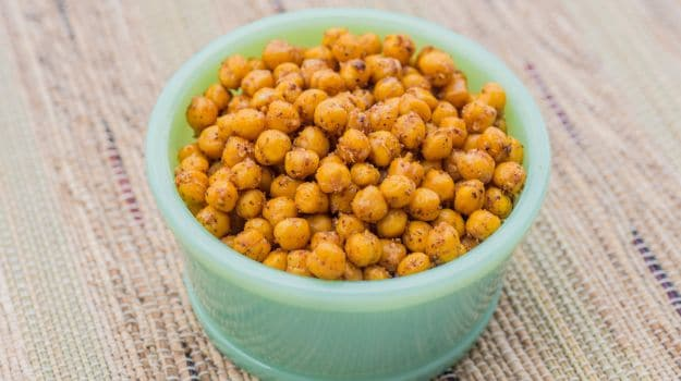 Health Benefits Of Eating Gram: 5 Amazing Benefits Of Eating Soaked Gram On An Empty Stomach