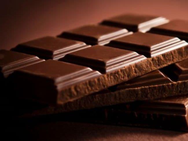 फिट रहने के लिए खाएं मीठी चॉकलेट और टेस्टी मीट