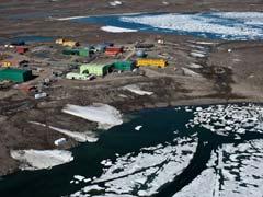 Canadian Pilot Injured After Falling Into Antarctic Crevasse