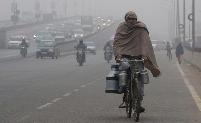 Delhi Records Minimum Temperature Of 5.7 Degrees Celsius