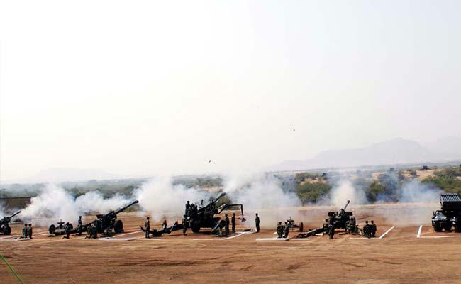 देवलाली में भारतीय सेना ने हथियारों के जरिए किया शक्ति प्रदर्शन