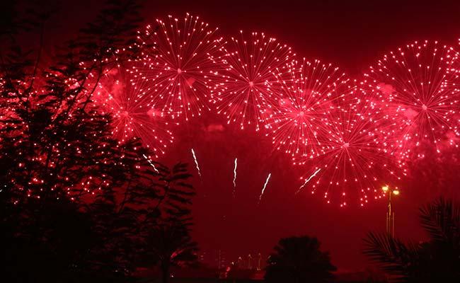 Dubai Lit By Spectacular New Year Fireworks Despite Fire