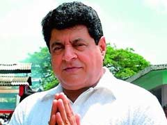 Film Institute Chief Gajendra Chauhan Plays 'Ravan' At Ramlila In Delhi