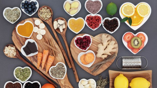 World Health Day: India's Top Nutritionists Share Diet Tips to Follow Daily for a Healthy Lifestyle