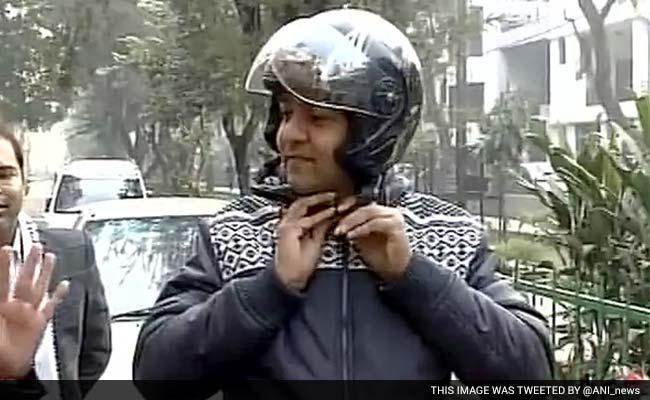 रवीश रंजन शुक्ला का ब्लॉग : देर सबेर हटना ही था कपिल मिश्रा को