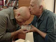 Anupam Kher's <i>Gurudakshina</i> For Mahesh Bhatt is This