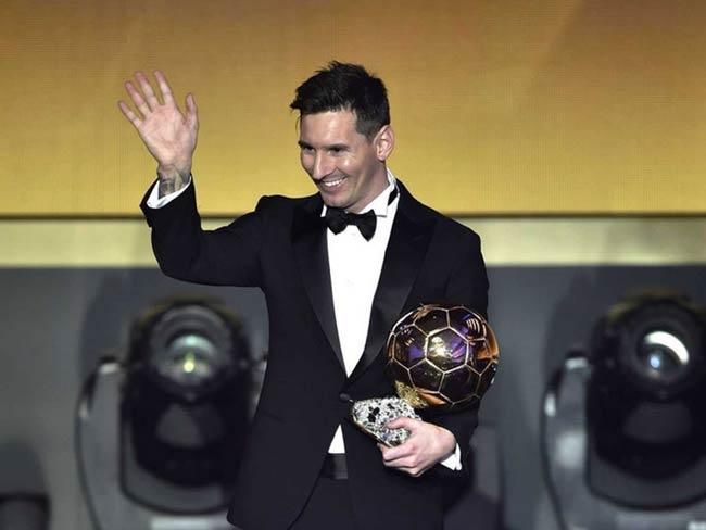 अर्जेंटीना के मैसी 7 साल में रिकॉर्ड 5वीं बार फीफा के बेहतरीन फुटबॉल खिलाड़ी चुने गए
