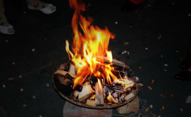 लोहड़ी 2017 : जानिए क्यों मनाया जाता है यह त्यौहार और क्या है इससे जुड़ी अनूठी मान्यताएं