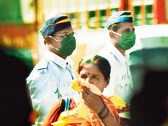 Mumbai Traffic Cops Want 30 pc Hike For breathing In Polluted Air