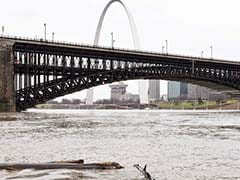 Southern Illinois Battles Flooding As Mississippi River Builds Downstream