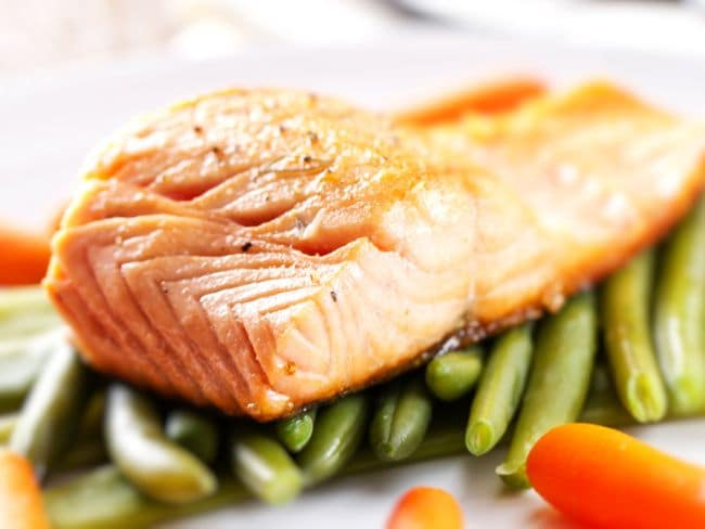 Eating Fish Can Make Pregnant Ladies Child's Mind Sharp In Hindi