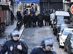 पेरिस में शख्स ने राहगीरों पर चाकू से हमला किया, दो ब्रिटिश टूरिस्ट सहित 7 लोग घायल
