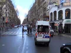 पेरिस पुलिस स्टेशन में चाकू लेकर घुसने की कोशिश कर रहे शख्स को मार गिराया गया