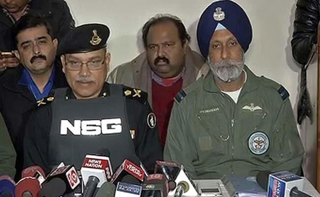 पठानकोट एयरबेस हमला : पांचवां आतंकी भी ढेर, ऑपरेशन अब भी जारी