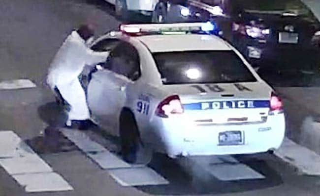 Philadelphia Police Probe Possible Extremist Ties In Police Shooting