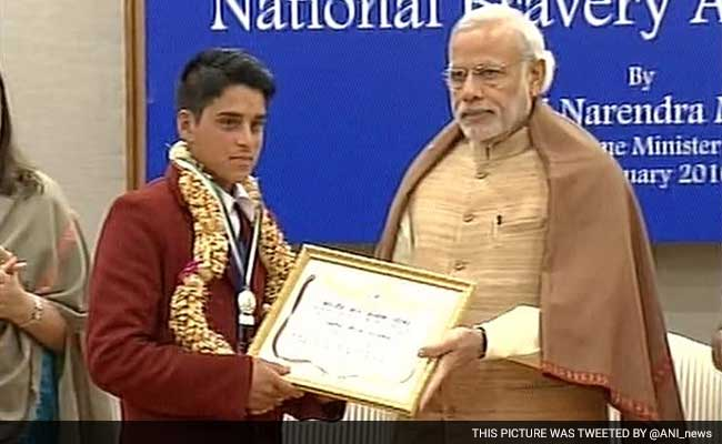 PM Narendra Modi Presents Bravery Awards To 25 Children