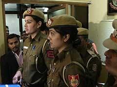 दिल्ली की 2 लेडी 'सिंघम' ने सूझबूझ से बचाई छात्रा की जान, सिरफिरे आशिक को भी पकड़ा