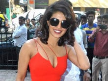 Priyanka Chopra May Play Villain in Dwayne Johnson's <i>Baywatch</i>