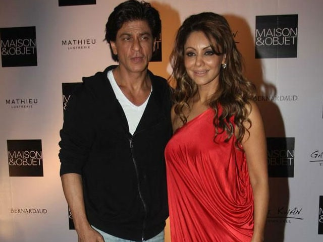 Shah Rukh Used to Wait For Gauri Outside Shiamak's Dance Classes