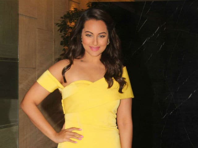 Sonakshi Sinha Says Anurag Kashyap is a 'Great Actor'