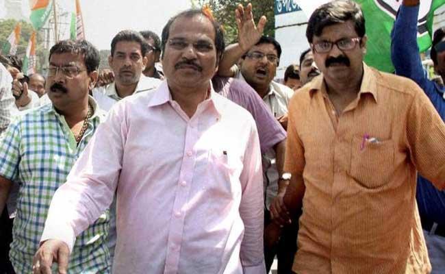 Congress West Bengal Chief Meets Rajnath Singh, Demands President's Rule