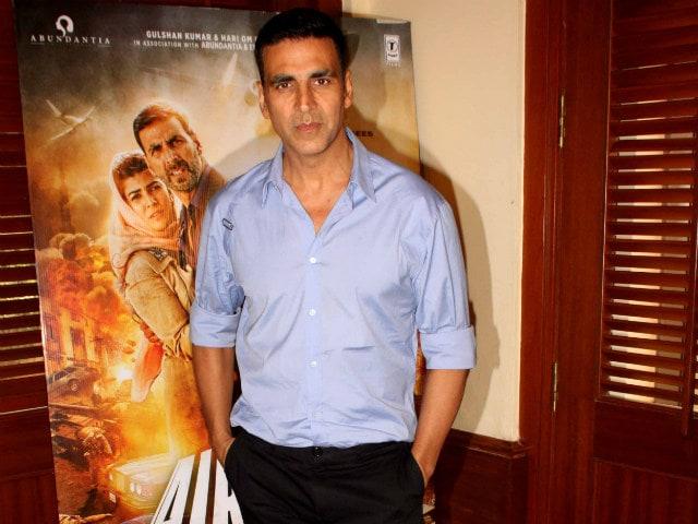 Akshay Kumar to Star in Hindi Remake of Visaranai? 'Not True'