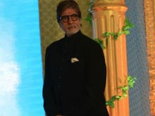 <I>Hum</i> Completes 25 Years. Amitabh Bachchan Says 'Unbelievable'