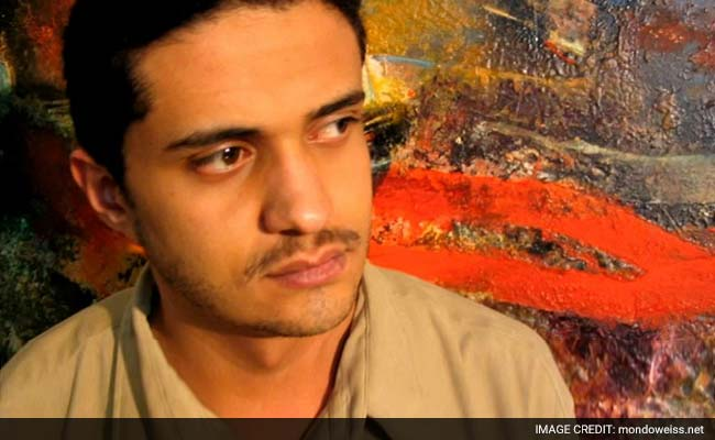 Saudi Court Spares Poet's Life but Gives Him 8 Years and 800 Lashes