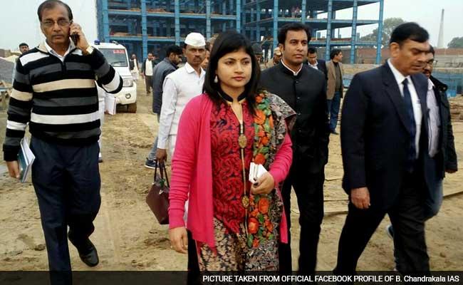 खनन घोटाले में चर्चित IAS अधिकारी बी.चंद्रकला के घर सीबीआई की छापेमारी