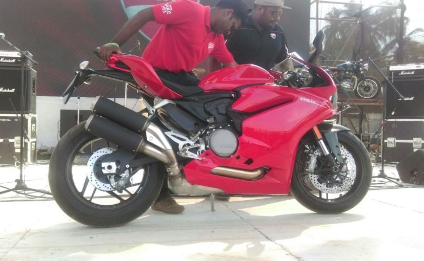 Ducati 959 Panigale To Be Launched On May 21 Prices Start At Rs