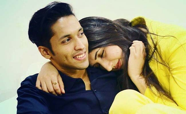 Author Durjoy Datta's Proposal Creates Storm in a Tweet-Cup. Yay or Nay?